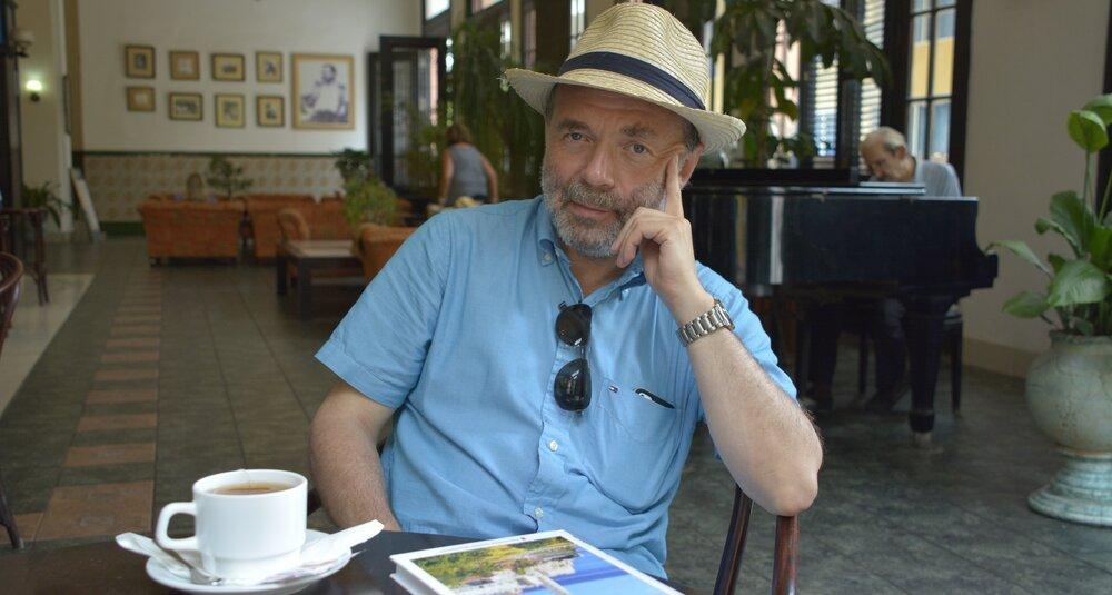 Tomasz Mlącki w cykul felietonów Metafizycznie, merytorycznie…