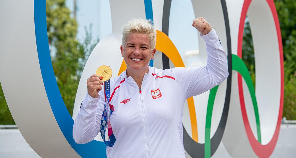 Anita Włodarczyk regularnie wybiera Hotel Arłamów na miejsce swoich sportowych zgrupowań – również przed Igrzyskami Olimpijskimi w Tokio trenowała na specjalnie wybudowanej dla niej rzutni
