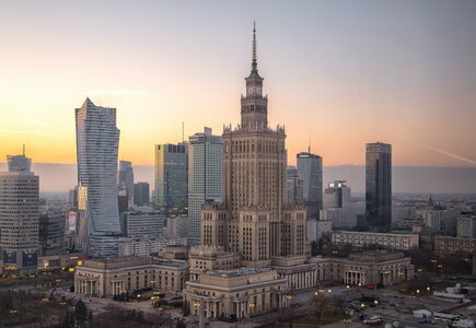 Warszawa, fot. Niko Hoshi, Unsplash