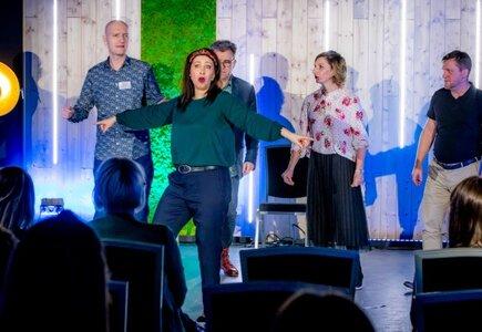 Finał - spektakl impro, przygotowany przez Teatr Bez Klepki