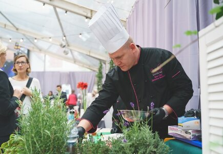 Melon Catering przygotował dla gości przegląd swojego menu oraz stanowisko live cooking