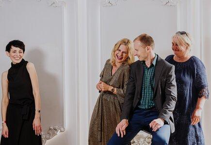 Od lewej: Magdalena Kondas, Sylwia Banaszewska, Piotr Piasecki, Dorota Średnicka. Fot. Ewa Witak, Fotograficznie.pl