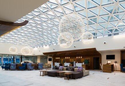 Lobby DoubleTree by Hilton Kraków Hotel & Convention Center